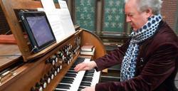Playing the Church Organ