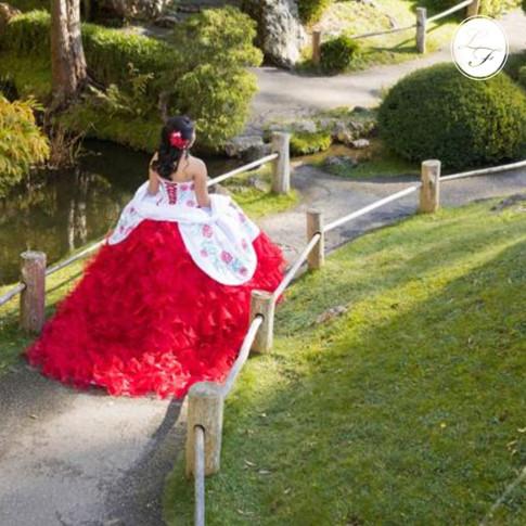 Vestido de Quinceanera Charro Blanco con Rojo