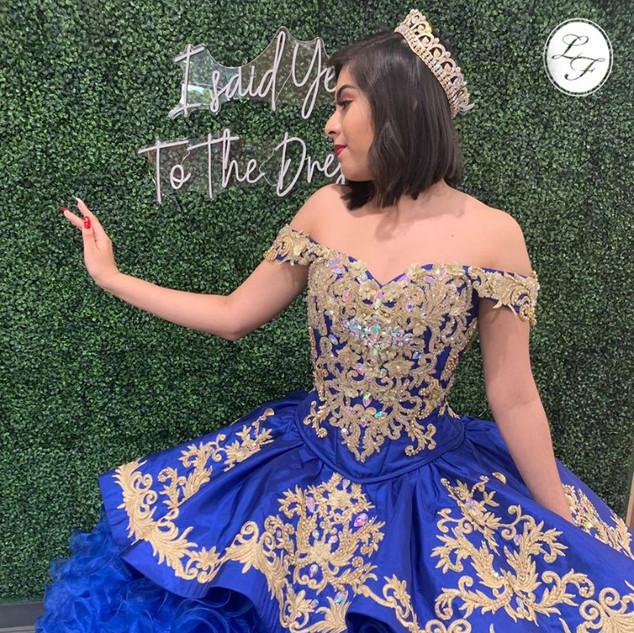 Vestido de Quinceanera Royal Blue con Dorado