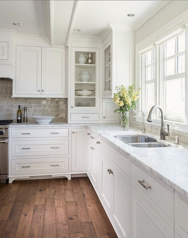 kitchen-painting-skyline-services-blufft