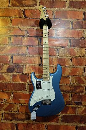 NEW Fender Stratocaster Player Series Lefty