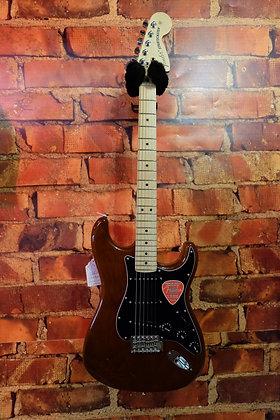 NEW Fender American Special Strat Walnut
