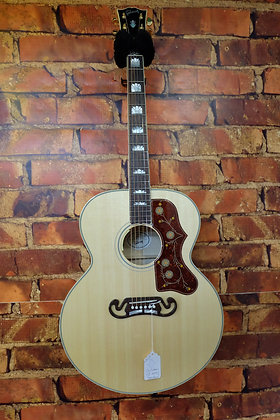 NEW Gibson SJ200