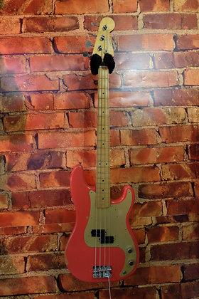 NEW Fender 50s Road Worn Precision bass
