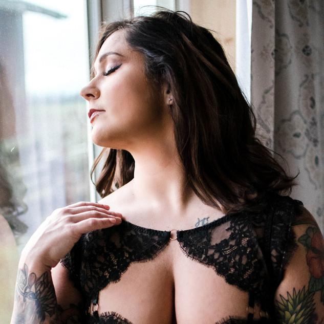 Katie-Boudoir-Lynden-56.jpg