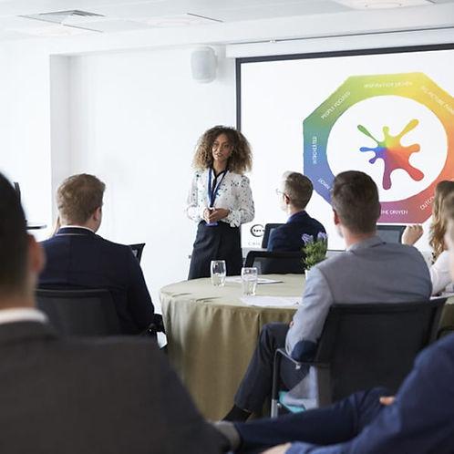 woman-leader-workshop-presentation.jpg