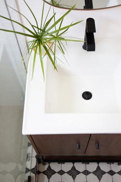Bathroom_Minimalist_modern_remodel_interior_designer_San_Diego_Trippe_Interiors_35