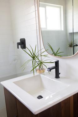 Bathroom_Minimalist_modern_remodel_interior_designer_San_Diego_Trippe_Interiors_33