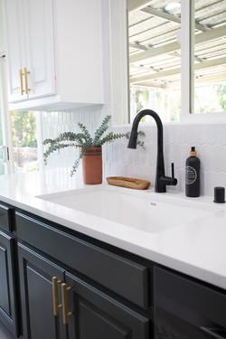 Bathroom_Minimalist_modern_remodel_interior_designer_San_Diego_Trippe_Interiors_Modern_9