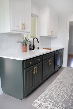 Cabinets_Bathroom_Minimalist_modern_remodel_interior_designer_San_Diego_Trippe_Interiors
