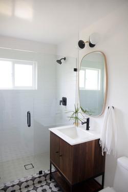 Bathroom_Minimalist_modern_remodel_interior_designer_San_Diego_Trippe_Interiors_28
