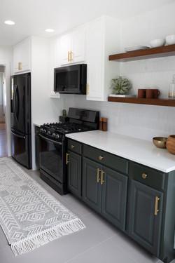 Bathroom_Minimalist_modern_remodel_interior_designer_San_Diego_Trippe_Interiors_cabinets