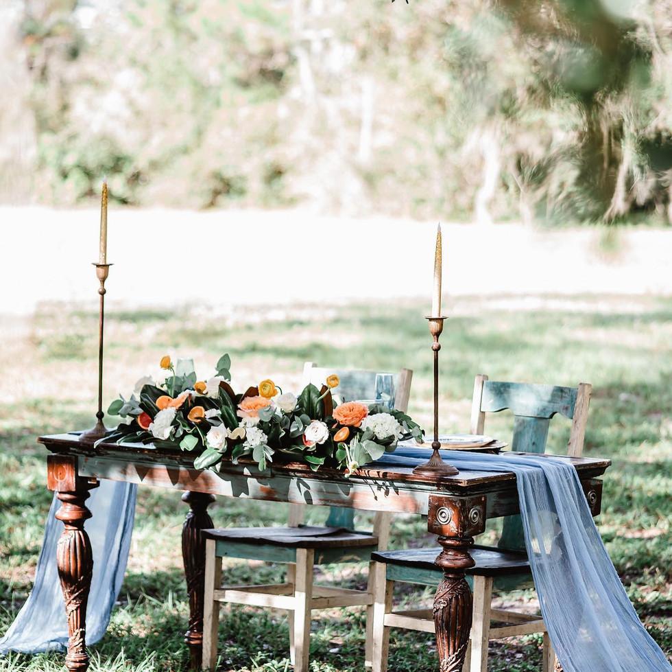 Tables, Buffets & Carts
