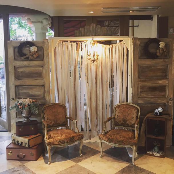 Bungalow Doors