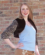 Anna style 3/4 sleeve cropped faux fur jacket in leopard print with black beaver front