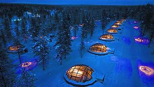 igloo accom northern lights.jpeg