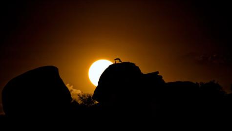 Yoga en la roca Solar