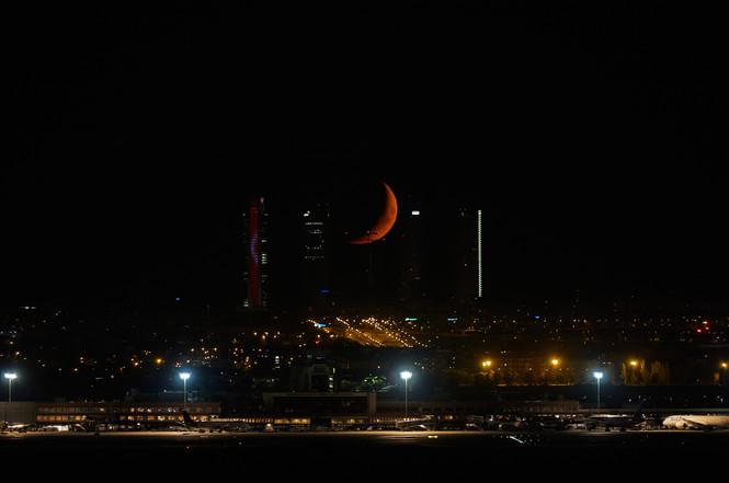 Luna al 21% entre las Torres