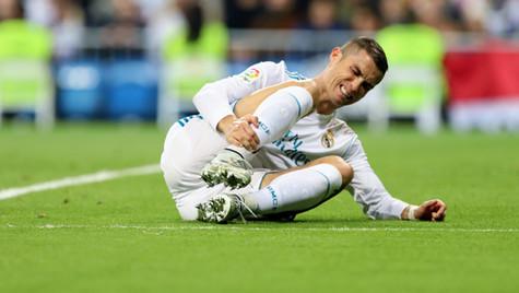 Cristiano Ronaldo sufriendo