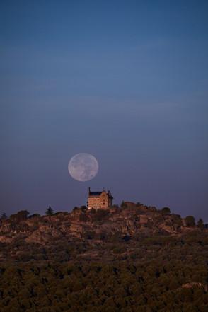 Luna Llena al amanecer Canto del Pico
