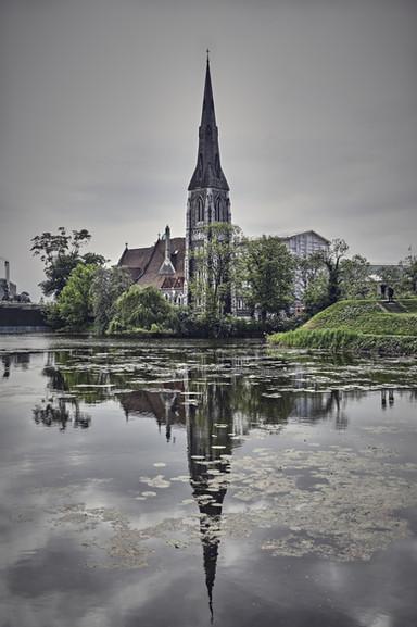 Reflejos en St Alban´s Church
