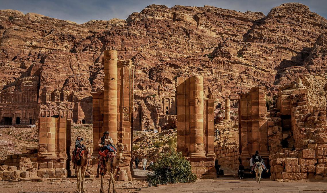 Beduinos a las puertas de Petra