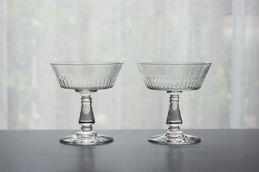 Pair Champagne Glasses / Baccarat / -1920 FRANCE