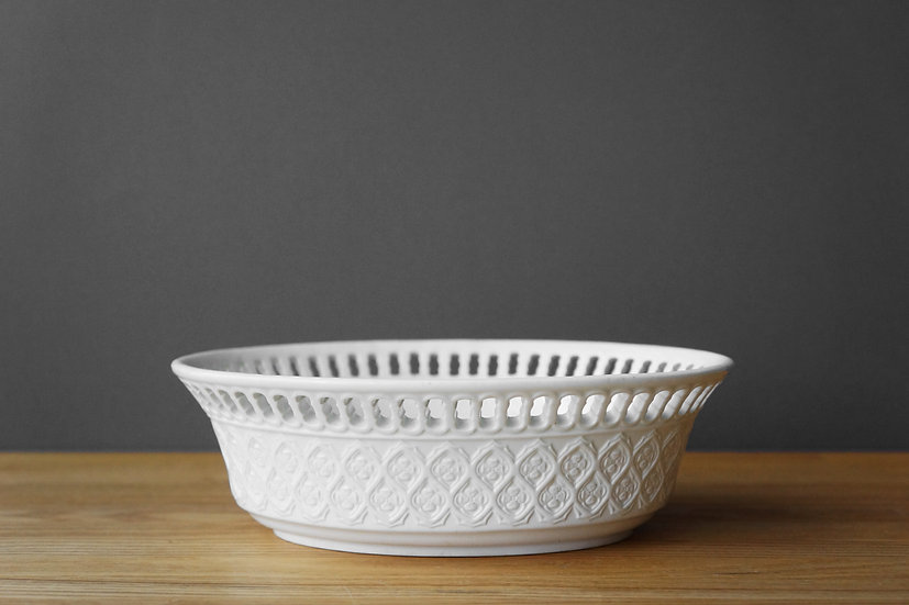 Creamware Basket / WEDGWOOD / 1810- ENGLAND