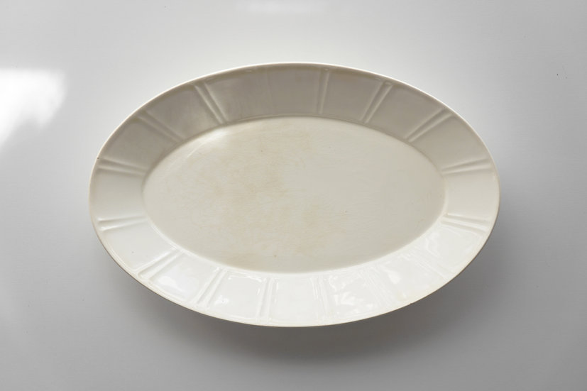 Oval Dish / Max Roesler Rodach / 1890s GERMANY