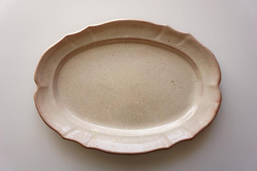 Oval Plate / Cul Noir / 1800s FRANCE