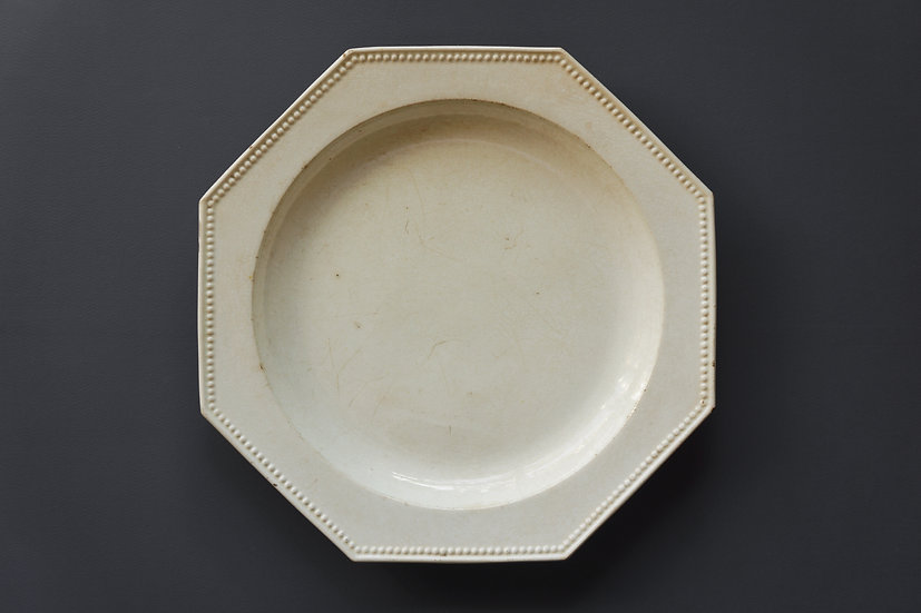 Octagonal Plate / Faience Fine (possibly Montereau) / -1820 FRANCE