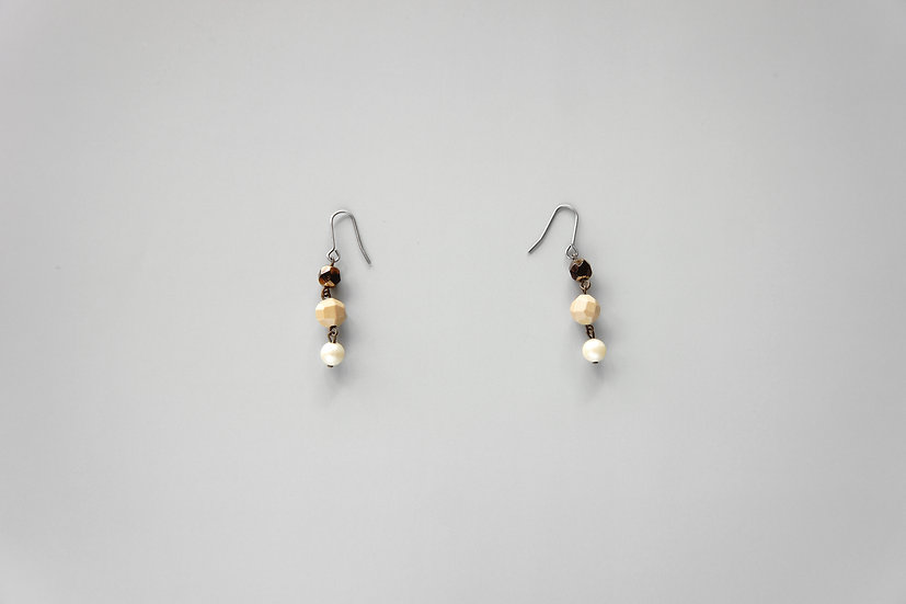 Antique Glass, Celluloid and Faux Pearl Beaded Earrings / c1910 ENGLAND