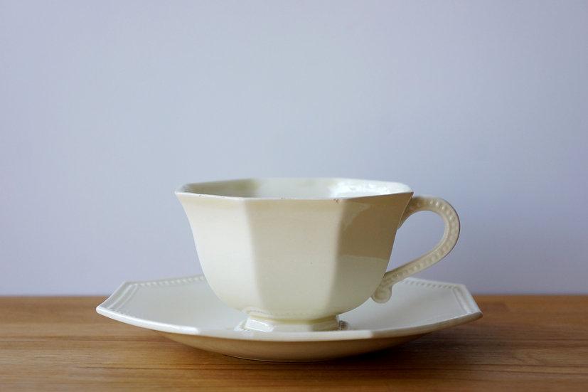 Tea Cup & Saucer / Creil et Montereau / 1890-1910 FRANCE