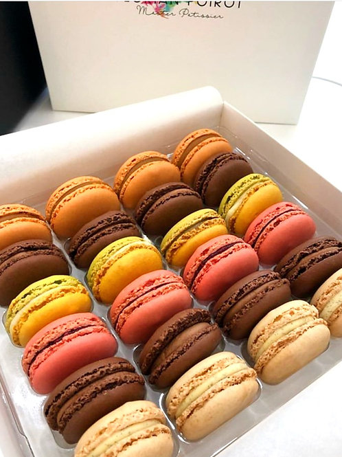 Box of 24 Assorted Macarons COLLECT