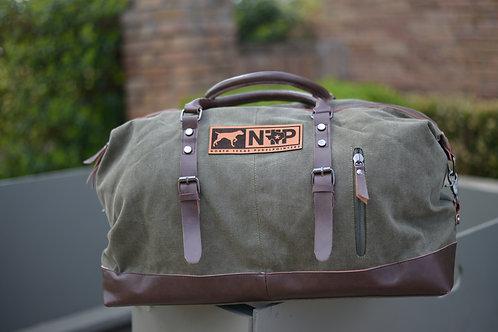 NTP  weekender bag in green
