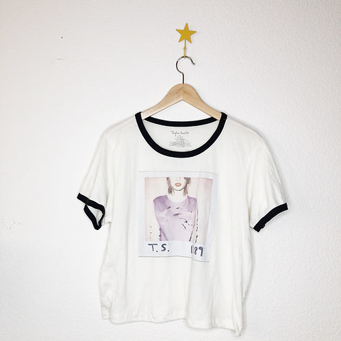 Cropped Soft Tee: Taylor Swift 1989
