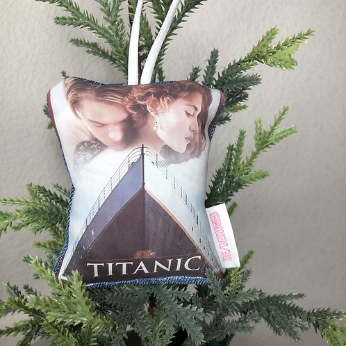 VHS Tape Mirror Decor: Titanic