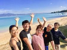家族でビーチヨガにご参加くださいました。