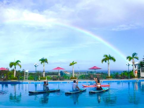 虹を見ながらサップヨガ