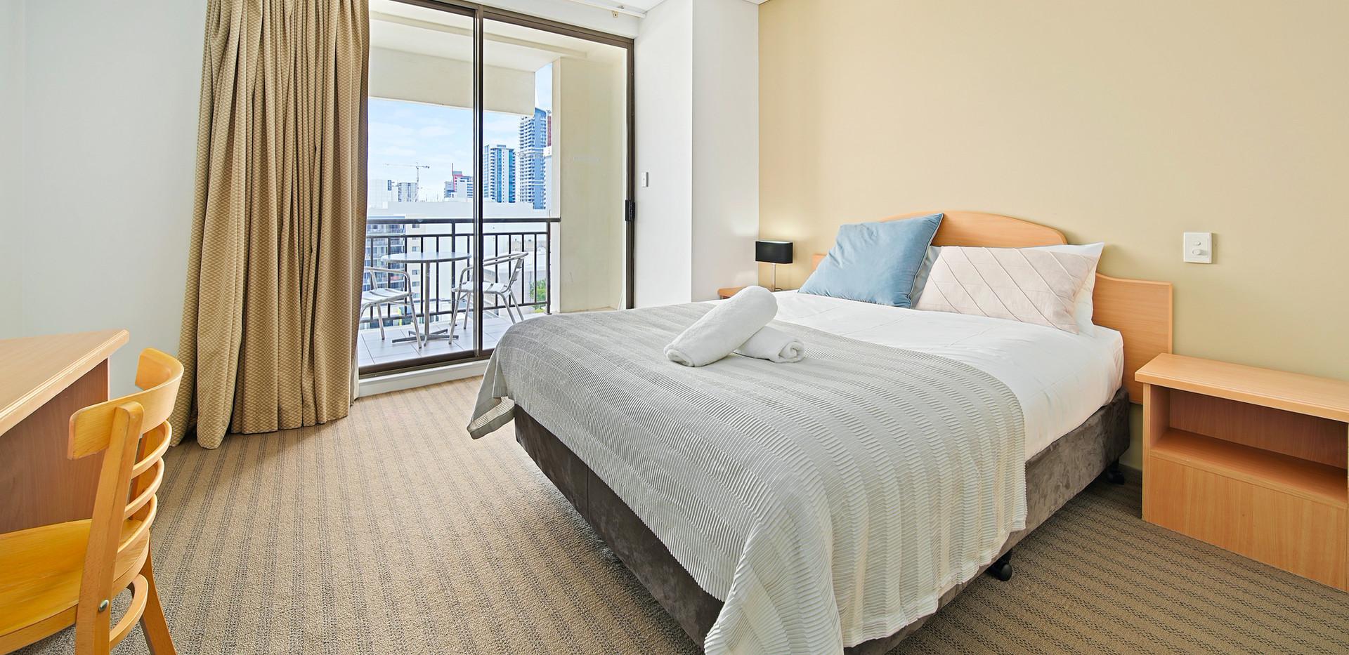 8. Main Bedroom - Two Bedroom - All Suit