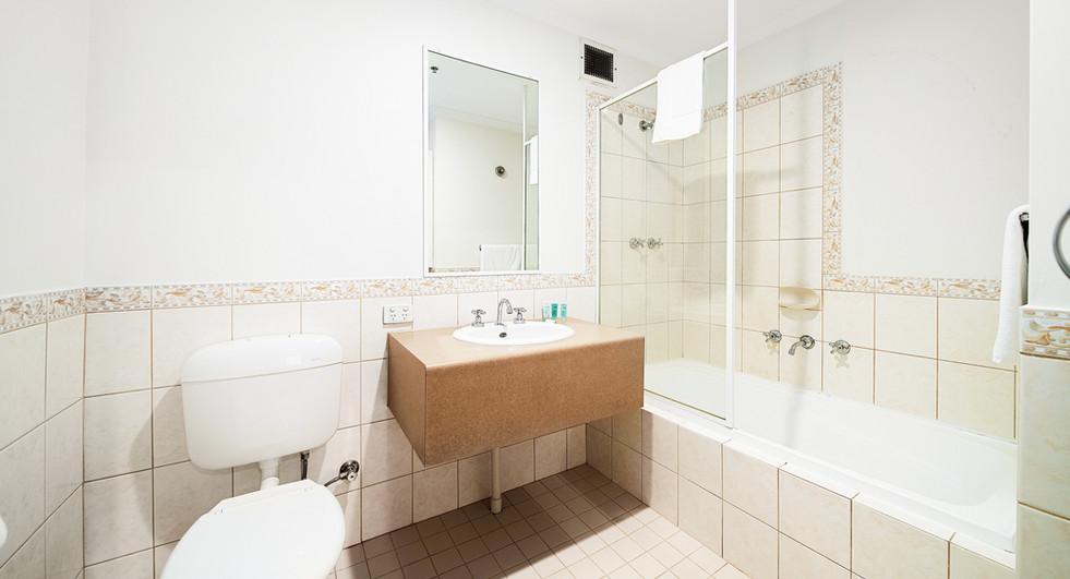 17. Bathroom One Bedroom Standard - All
