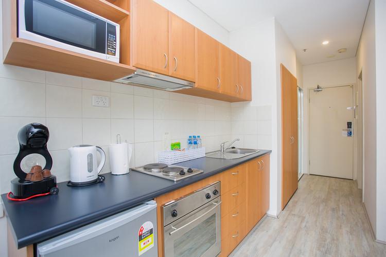 Studio Apartment Kitchen - Short Term Rental Perth CBD.jpg