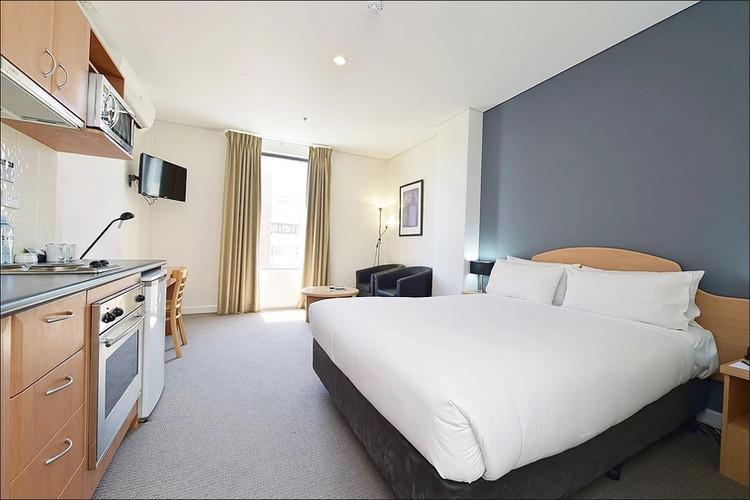 Studio Apartment - Short Term Rental Perth CBD.jpg