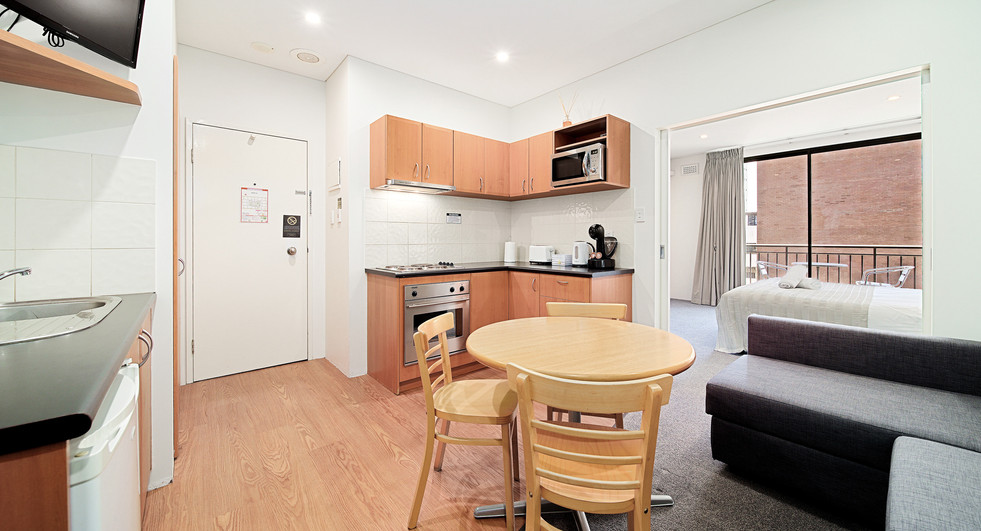 2. Kitchen Lounge Bedroom Alt One Bedroo