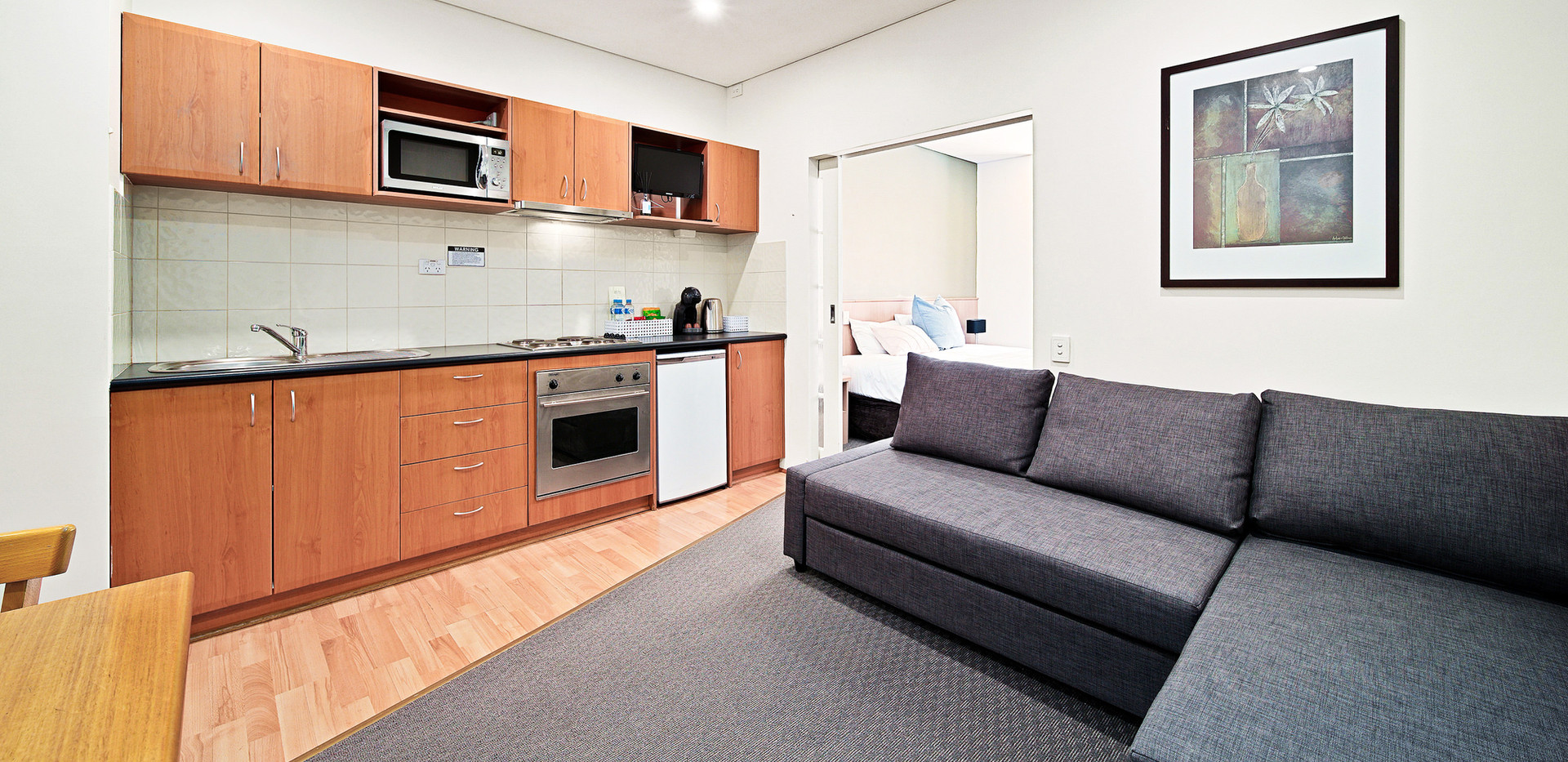 13. Lounge Kitchen Alt One Bedroom Stand