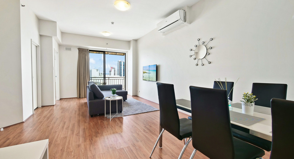 Dinging Lounge - Two Bedroom Deluxe