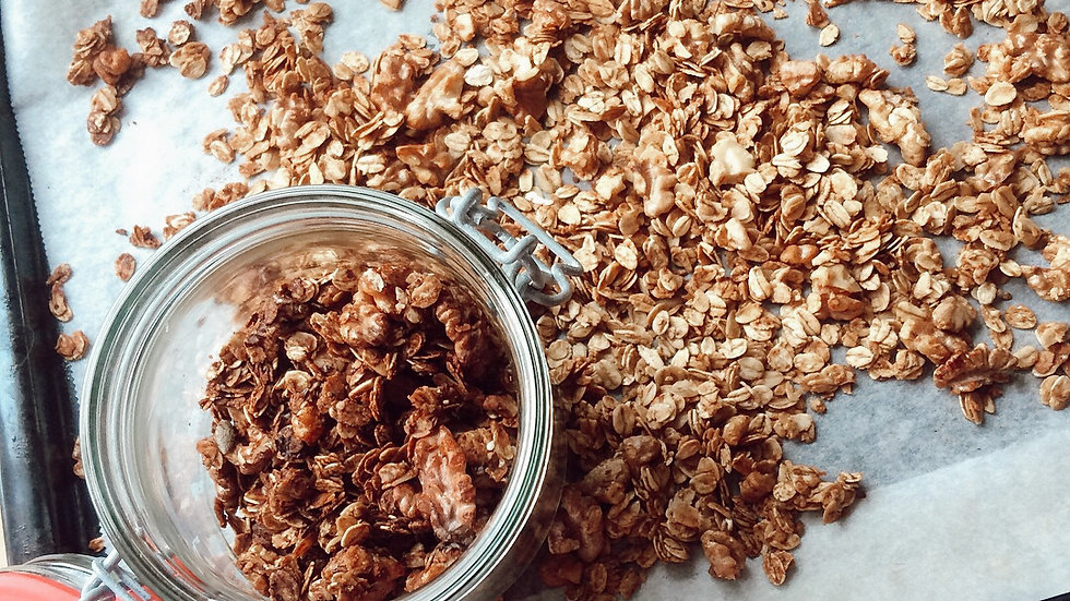 WALNUT CINNAMON GRANOLA