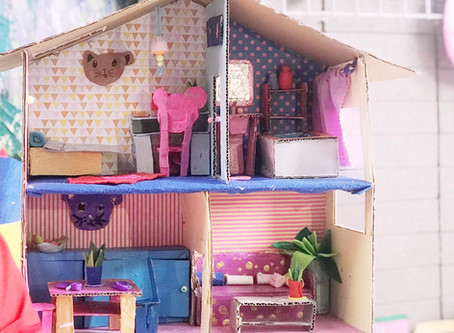 Doll house crafting class