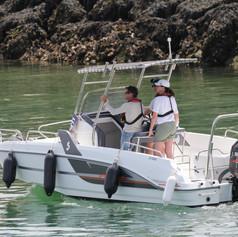 2 personnes maximum à bord pour la PRATIQUE