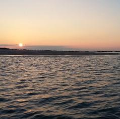L'île des Evens au coucher du soleil